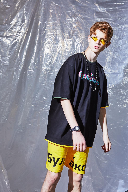 불가코프(BULGAKOV) 네온 로고 티셔츠 -블랙